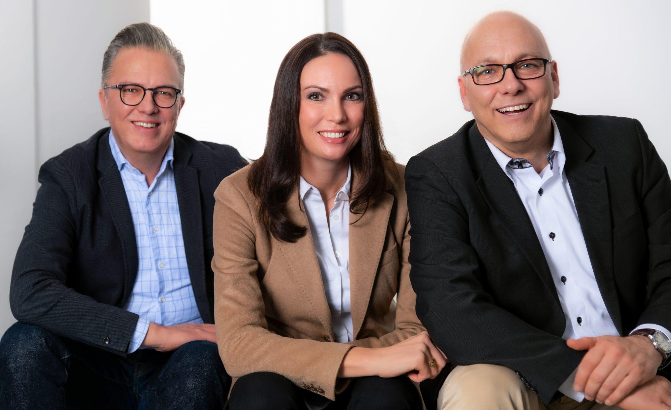 Linda Leuthäusser, Christoph Becker und Marc Poenitz bilden Ihr Coaching Team in Frankfurt für Business-Coaching, Life-Coaching sowie Seminare und Trainings